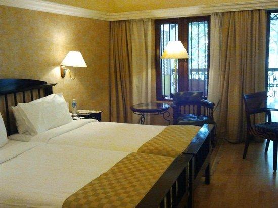 Royal Orchid Metropole Hotel: Guestroom