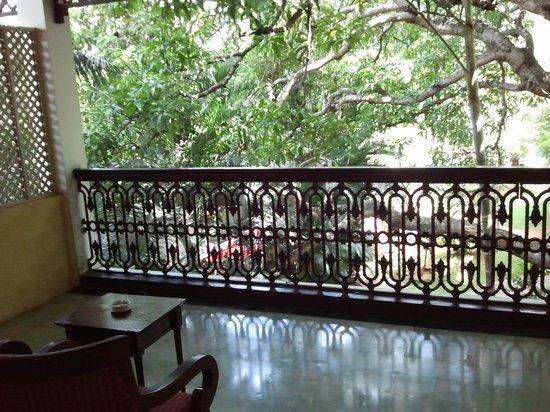 Royal Orchid Metropole Hotel: Room Balcony