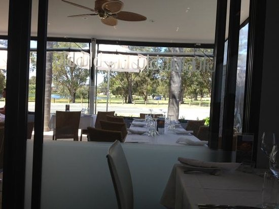 Blu Grill: Another view from the restaurant