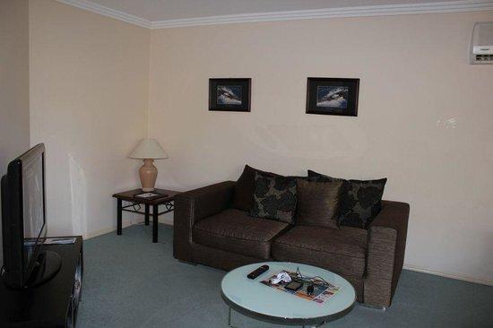 Grange Resort Hervey Bay: Living room