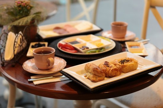 Karemel Lab Bakery Cafe