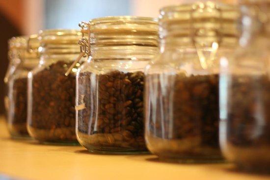 Vienna Coffee & Tea shop: Various Bean