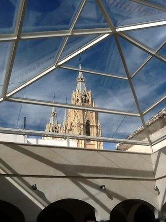 Museo Carmen Thyssen Malaga: desde el patio del museo