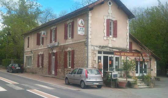 Lou Marmitou Restaurant, Mussidan, France.