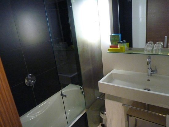 Vincci Zaragoza Zentro: Baño