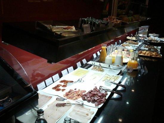 Vincci Zaragoza Zentro: Desayuno