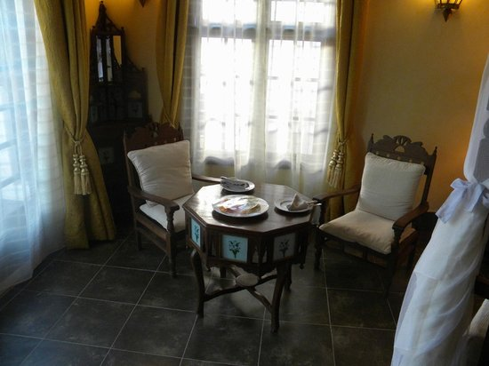 The Maji Beach Boutique Hotel: our suite