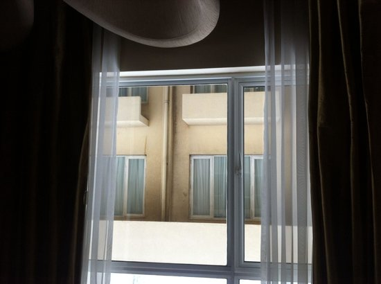 Renuka City Hotel : View from the other rooms .!
