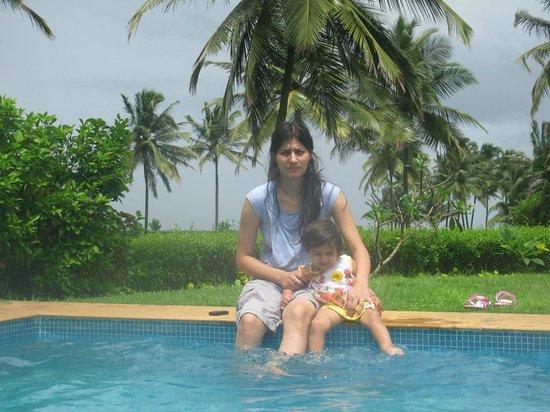Taj Exotica Goa: Wife & baby