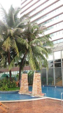 Prince Palace Hotel: бассейн