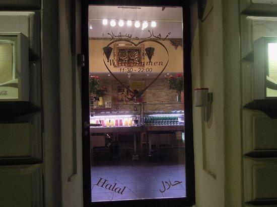 Hotel De la Paix : tasnim orient restaurant
