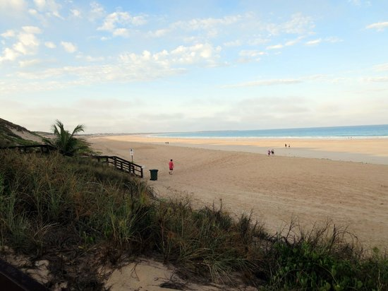 Kimberley Sands Resort & Spa: Cable Beach