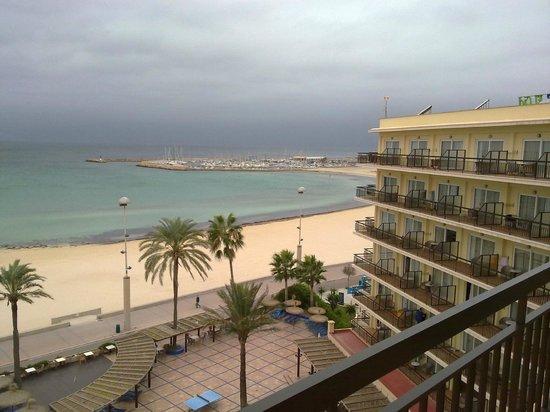 THB El Cid: Вид на пляж