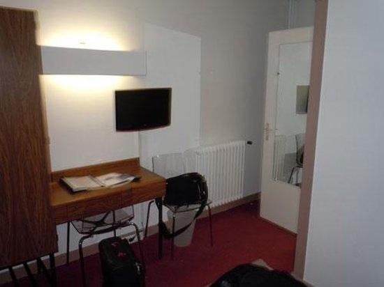Hotel Richaud : vue de la chambre n°8
