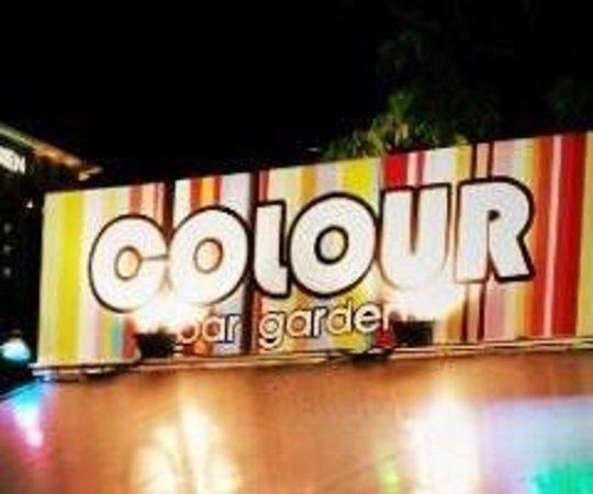 Colour bar garden: getlstd_property_photo