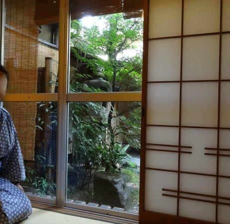 Motonago : garden view from our ryokan bedroom