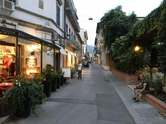 Nuovo Savi: Улицы Монтекатини-Терме