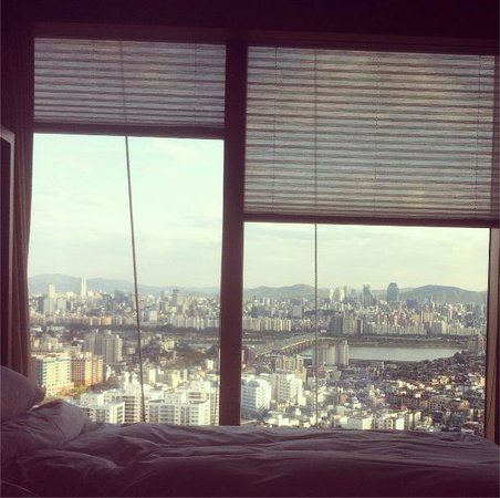 Grand Hyatt Seoul: view from the bed