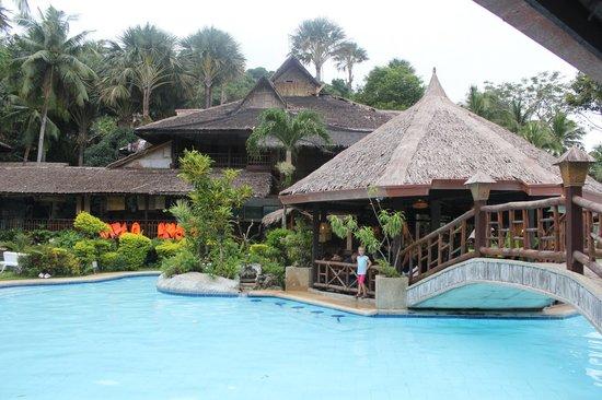 Coco Beach Resort : Pool area