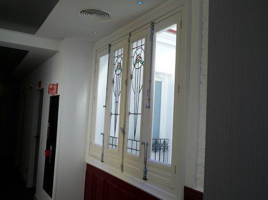 Petit Palace Lealtad Plaza : Le couloir