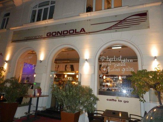 Ristorante Gondola: Vista exterior del restauranre