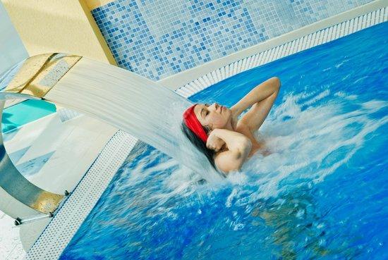Royal Park Hotel & Spa: Indoor swimming pool