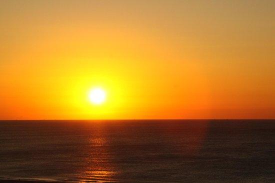 Hotel Natura Park: Levé du soleil vu de la chambre