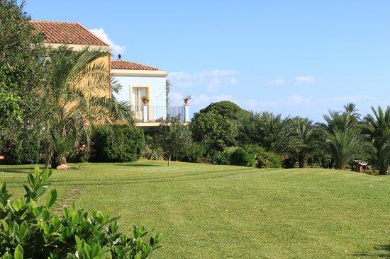 Torre Archirafi Resort: Blick auf das Haupthaus