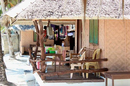 Budyong Beach Resort: Bungalow