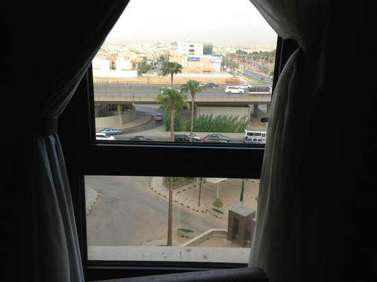 Sheraton Riyadh Hotel & Towers: Window