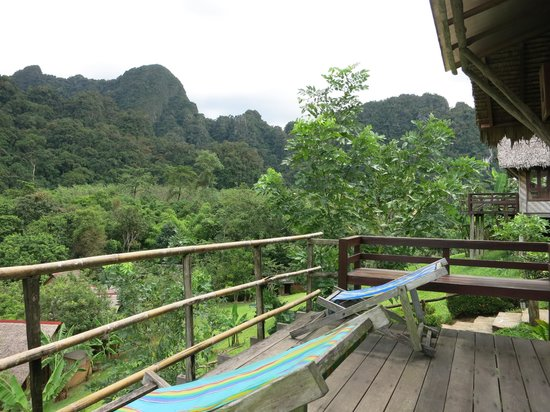 The Cliff & River Jungle Resort : The balcony