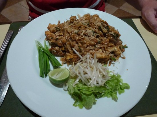 Mercure Chiang Mai: Padthai from Citrus Restaurant
