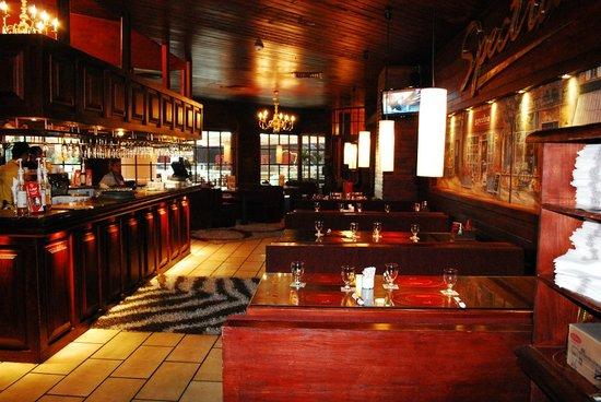 Spectra Restaurant & Cafe : spectra restaurant