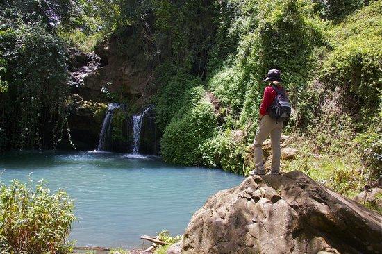 Sirikoi : Waterfall pool, before the squaddies arrived