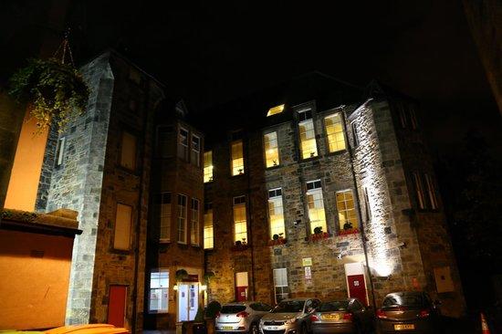 Edinburgh City Hotel : Early morning