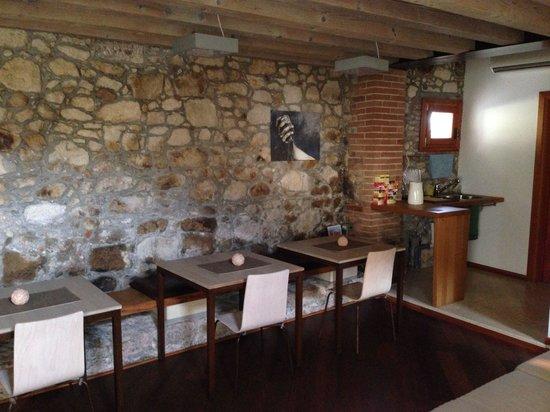 Tenuta Maraveja: Sala colazione e relax