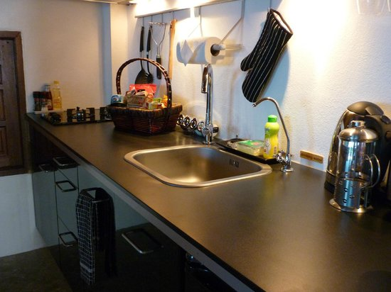 The Place Luxury Boutique Villas : Fully equipped kitchen