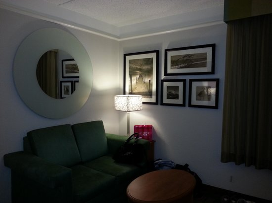 La Quinta Inn & Suites Ocala: room 218 pull out bed/sitting area
