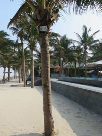 Fusion Maia Da Nang : View from beach to the pool