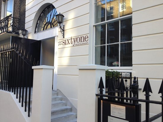 Sixtyone Restaurant: Restaurant's Entrance