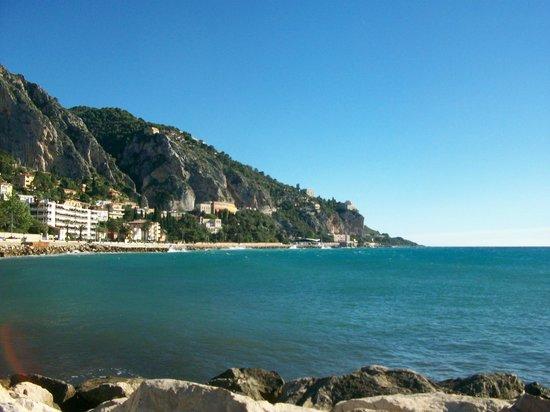 El Paradiso : A proximité,vue côté italie