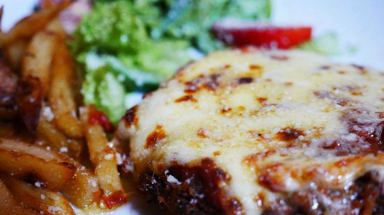 Red Dragon Restaurant & Cooking classes: Chicken Parmesan!!!!!!!