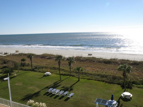 Dunes Village Resort: Beach view from 5th floor