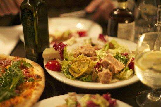 Bar Italia: Tuna Salad