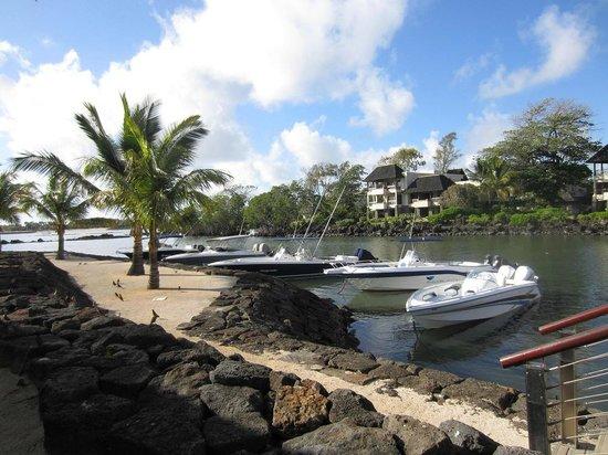 Anahita Golf & Spa Resort : marina