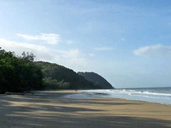 Cow Bay beach – 15 mins walk from Cow Bay Homestay