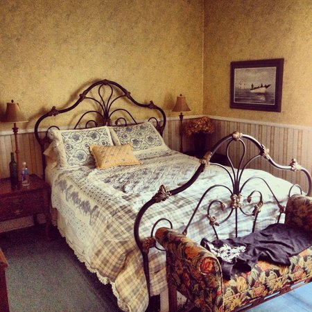 Rothesay House Heritage Inn Bed & Breakfast: The Rothesay Room