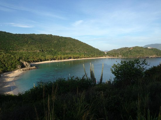Peter Island Resort and Spa : Deadmans beach from the road to sunset loop
