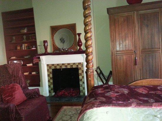 Akwaaba DC : Romance Room