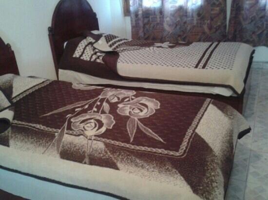 Yasmina Hotel: the room